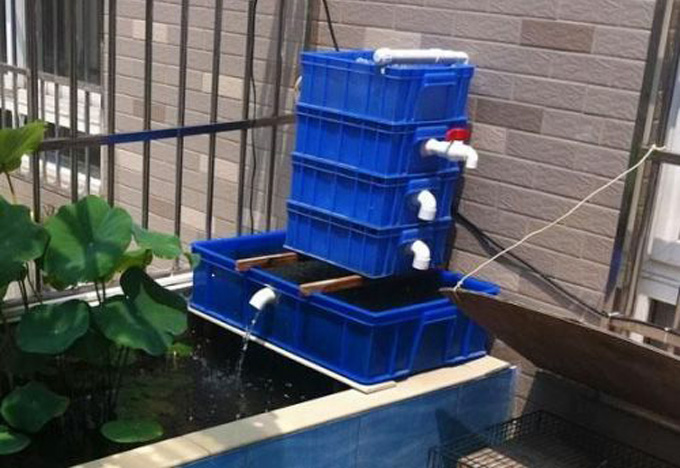 一般鱼池大多数是使用的溢流型和滴流型的鱼池过滤系统,自制鱼池过滤图片